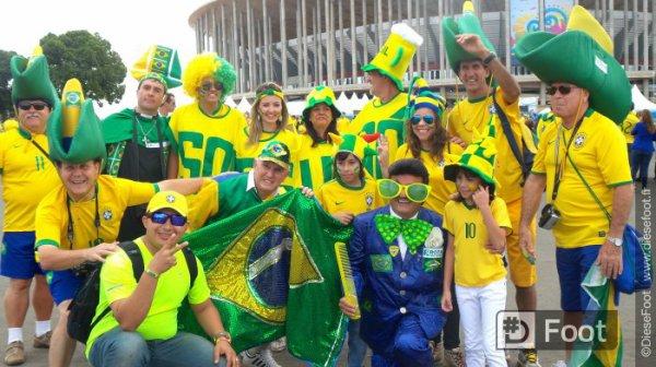 Ambiance juste avant le match du Brésil
