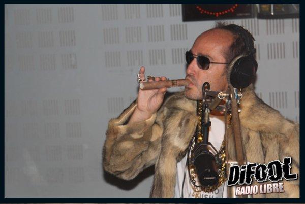 "Préparation du clip ""Gigogigogigoter"" dans la Radio Libre !"