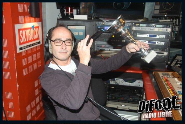 Romano pose après sa victoire au Clash De La Drague !
