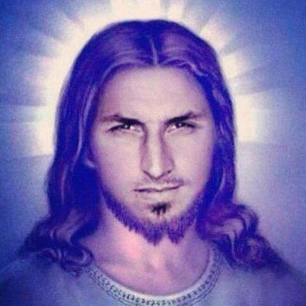Difool t'en a parlé sur #Skyrock ! Voici Zlatan en mode Jesus #MorningDeDifool