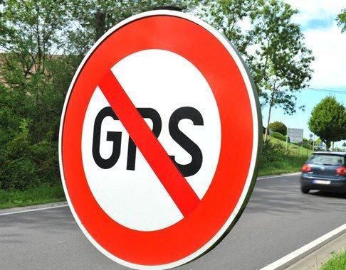 Des communes belges installent des panneaux anti-GPS !