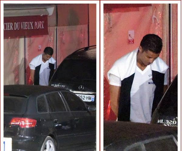 Cristiano Ronaldo fait sa pause pipi dans les rues de Saint-Tropez !