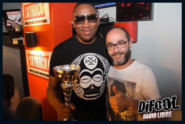 Romano avec Mokobé après sa victoire au Clash de la drague !