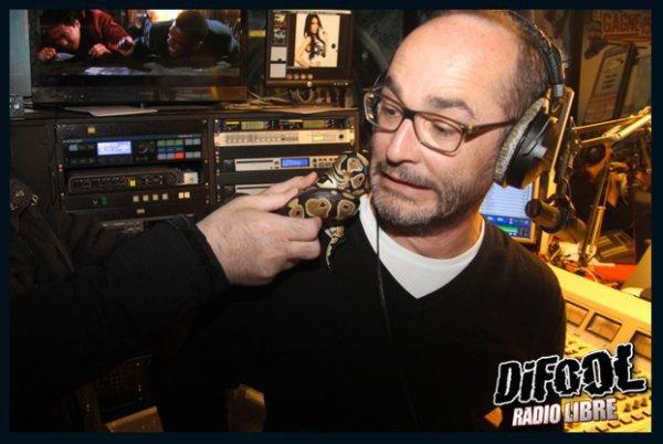 Jérémy nous avait appelé parce qu'il voulait un serpent...Romano en avait eu un sur l'épaule dans la radio Libre !