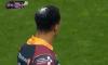 Une mouette chie sur la tête d'un joueur de Newport !