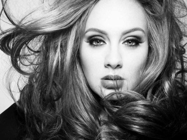 Adele va lancer sa ligne de vêtements grande taille !