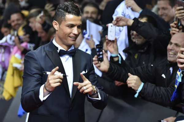 VIDEO - Ronaldo chante du Ricky Martin avec son fils !