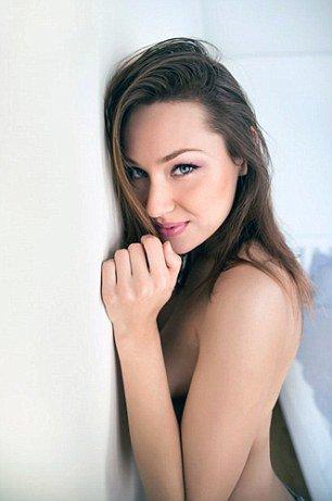 Un ado gagne 1 mois dans un hôtel avec une actrice X !