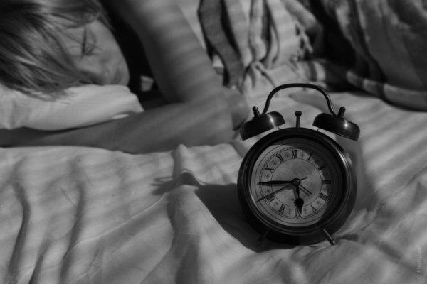 """Alsace : Il """"rêve"""" que sa copine le trompe et la poignarde au petit matin !"""