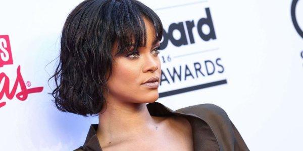 VIDEO - Rihanna fond en larmes pendant son concert à Dublin !