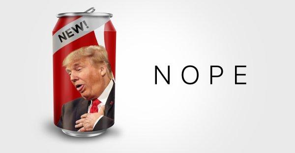 Trump dispose d'un bouton pour se faire apporter un Coca !