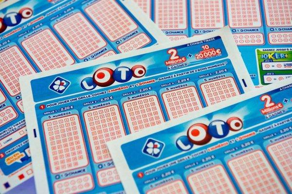 Il gagne au loto en jouant les numéros de téléphone de son agence d'intérim !
