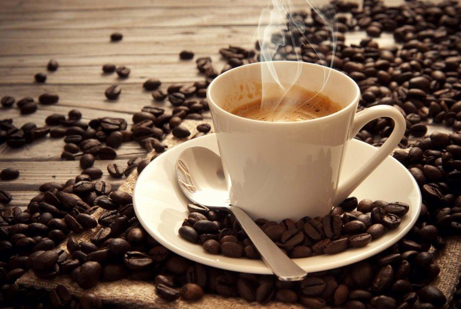 Elle paie 6430 euros pour deux cafés et un chocolat !