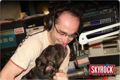 Romano avec un nouveau chien !
