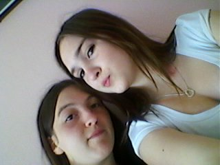 Ma chiante de soeur et moi ...