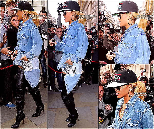 ** 01/03 ▬ Rihanna est enfin rentrée de son séjour à Londres, elle a été vue à l'aéroport de L.A - LAX avec sa BFF29/02 ▬ Toujours à Londres, Rihanna a été vue quittant son hôtel, se rendant chez Jonhatan Ross - FLOP ! **