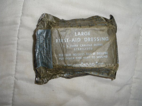LARGE FIRST-AID DRESSING