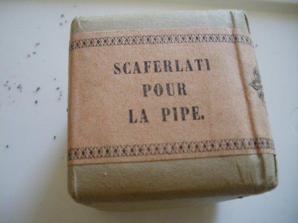 Paquet de tabac a pipe