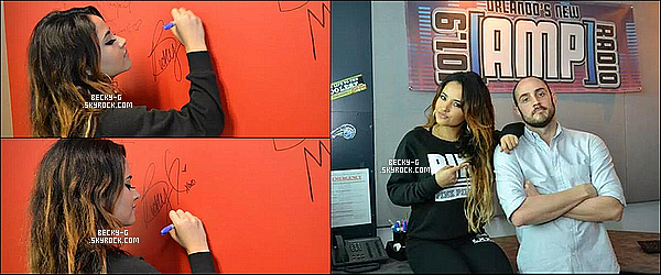 """24 / 09 / 15 :Becky toute souriante, était à la radio de101,9 Amp Radio à Orlando, en Floride. Becky a donnée une interview en live sur la radio, ou elle parle de la tournée """"La Familia"""" dont elle fait la 1ere partie de J Balvin."""