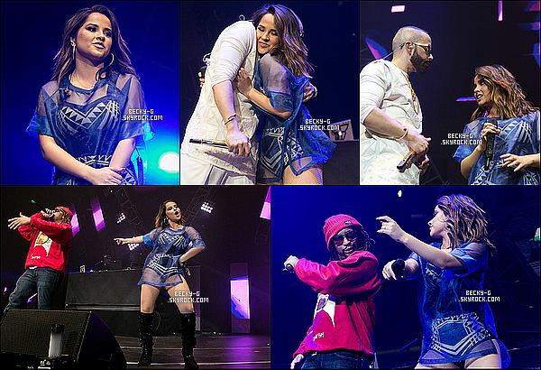 24 / 01 / 16 :Notre sublimeBeckyGa donner un show dans le concert de Calibash à L.A. Becky a performée aux côtés Lil Jonet Yandel.D'autres artistes tels queJ Balvin,Justin BieberetSnoop Doggy étaient.