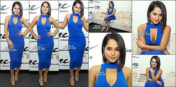 """27 / 07 / 17 : Becky a été dans les locaux de Music Choice, pour la promo de """"Mayores"""" à NY. Becky a été sublime dans sa robe bleu, le top et souriante. Becky a beaucoup de promotion pour son new single Mayores. J'adore !!"""