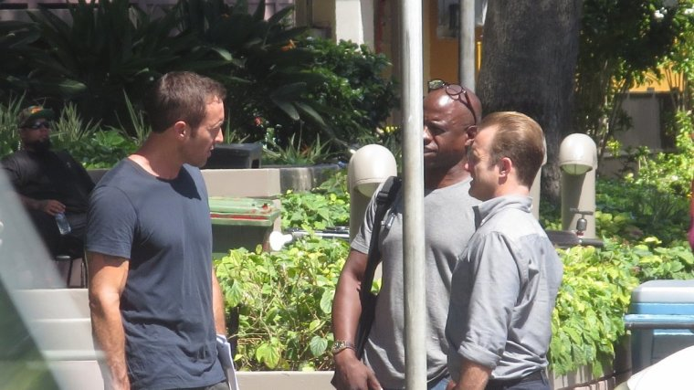 Alex & Scott sur le set de la saison 8 le 19.07.2017