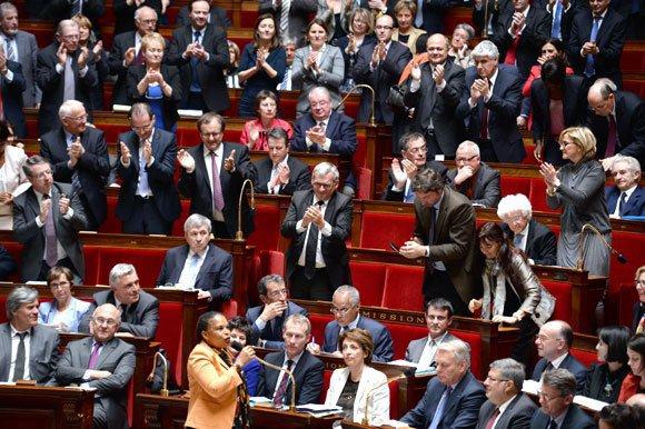 La France est devenue aujourd'hui le 14ème pays à voter le mariage pour les couples de même sexe.