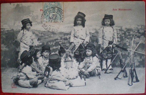 AUX MANOEUVRES.1905.