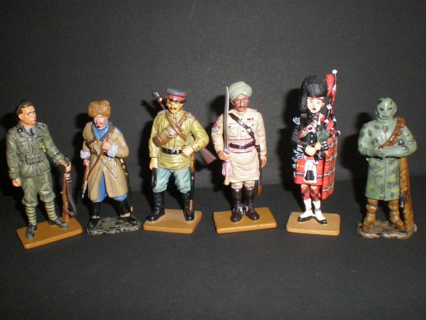 FIGURINES WW.1 (SUITE)