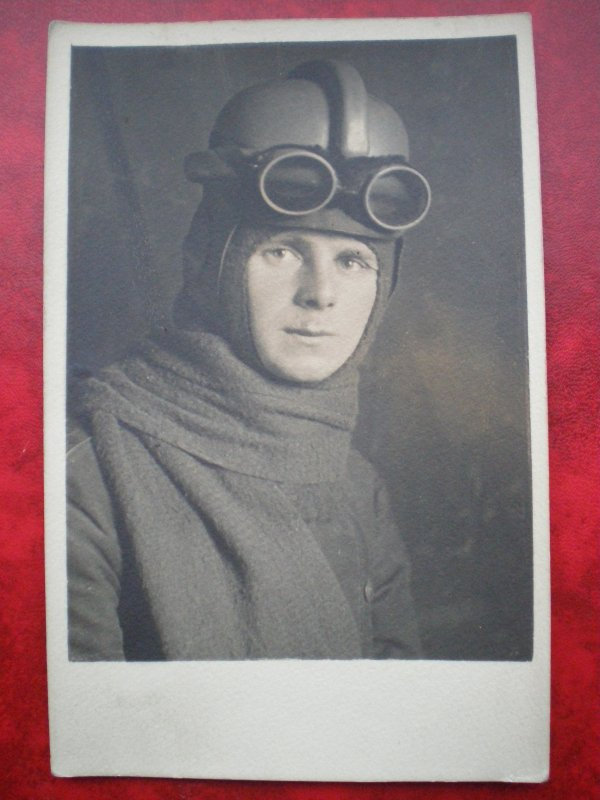 RENTREE CPA AVIATEUR ALLEMAND WW.1
