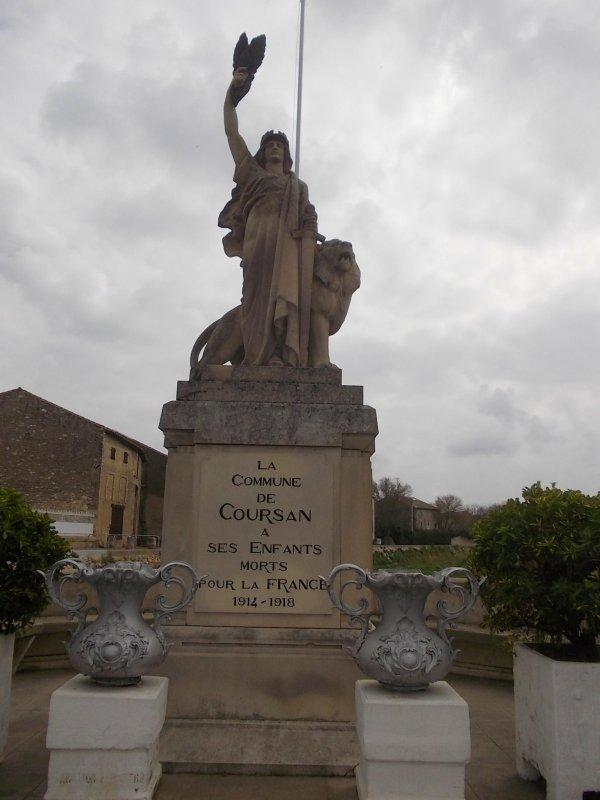 MONUMENTS CUXAC ET COURSAN (AUDE).