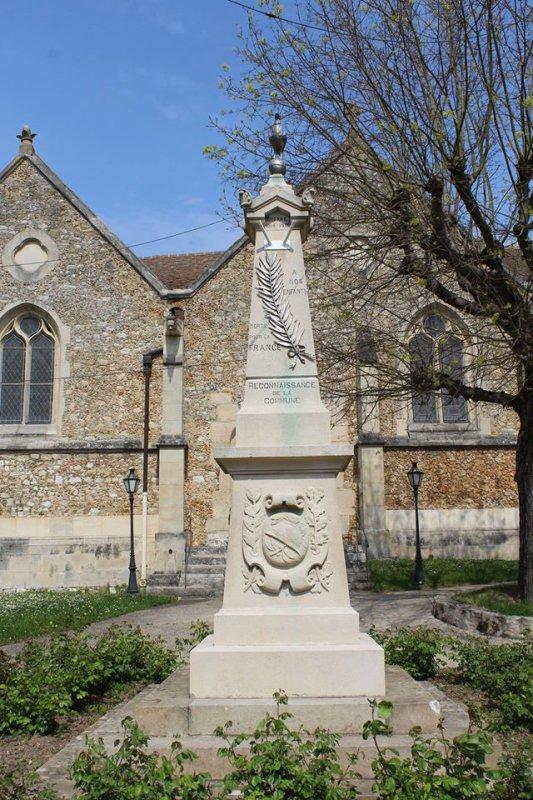 MONUMENT AUX MORTS   ST-MARTIN LA GARENNE (78)