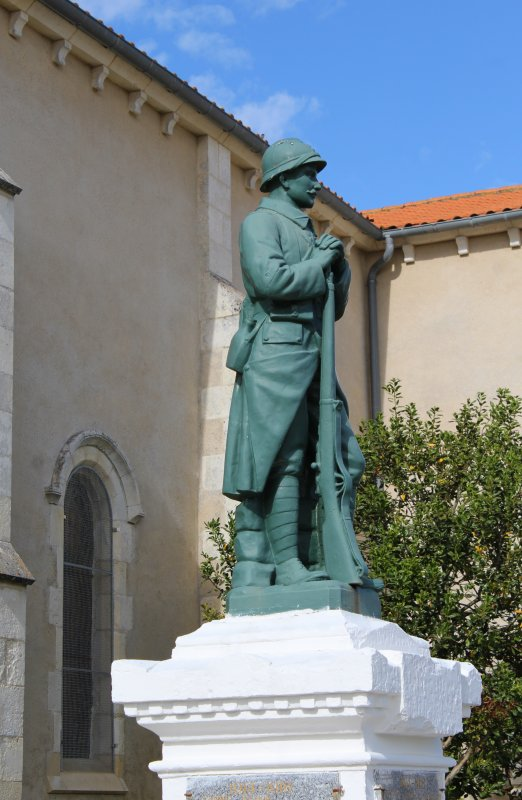 MONUMENT LA TRANCHE S/MER (Vendée)