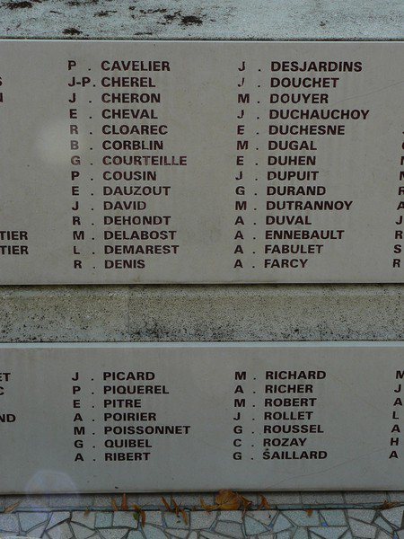DUGAL MAURICE ROGER GUSTAVE, COUSIN MORT A DACHAU.