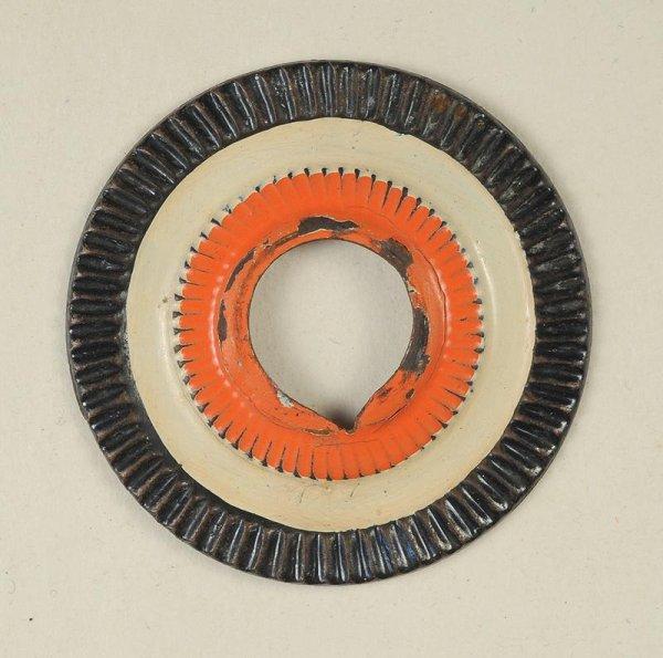 Recherche cocarde sans dentelure pour casque à pointe Saxon, modèle peu courant.