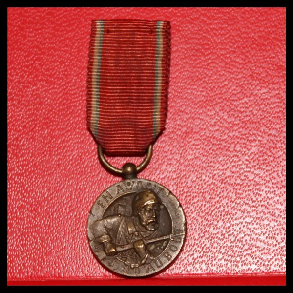 REDUCTION MEDAILLE VERDUN MODELE REVILLON