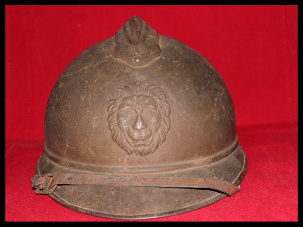 RENTREE CASQUE COQUE ADRIAN BELGE WW1.