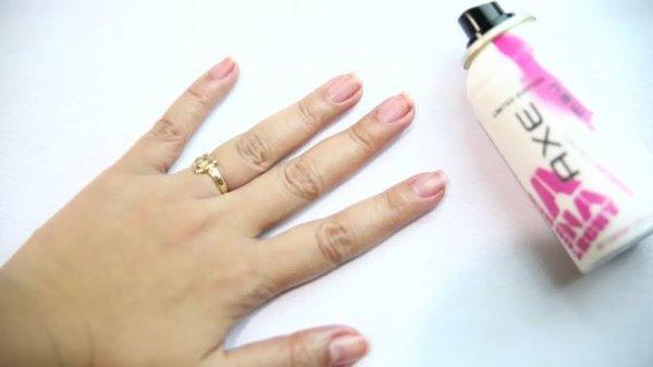 Comment enlever le vernis à ongles sans dissolvant