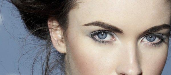 / Les solutions pour mettre en valeur tes yeux bleus au quotidien