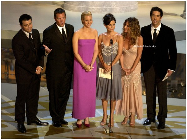 Photo Une - Nos Friends à la cérémonie des Awards.