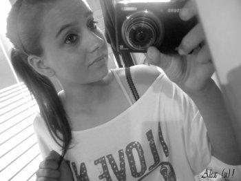 - Loou.  ♥
