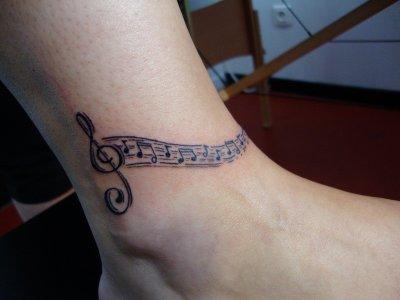 clef de sol giant tattoo tatoueur sur rouen. Black Bedroom Furniture Sets. Home Design Ideas