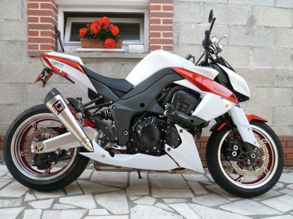 MA Z1000 2010