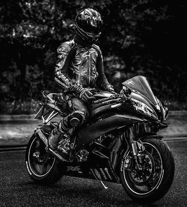 Yamaha R6......•*