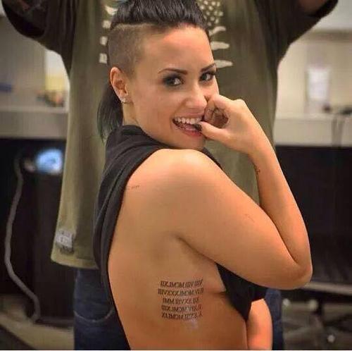 Le nouveau Tatouage de Demi *q*