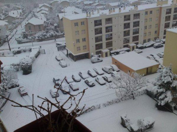 Le parc des rose marseille sous la neige