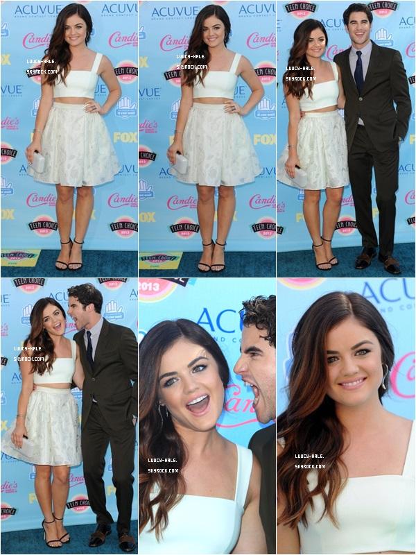 ••♦ Lucy était à la cérémonie des Teen Choice Awards 2013 avec le cast de PLL !