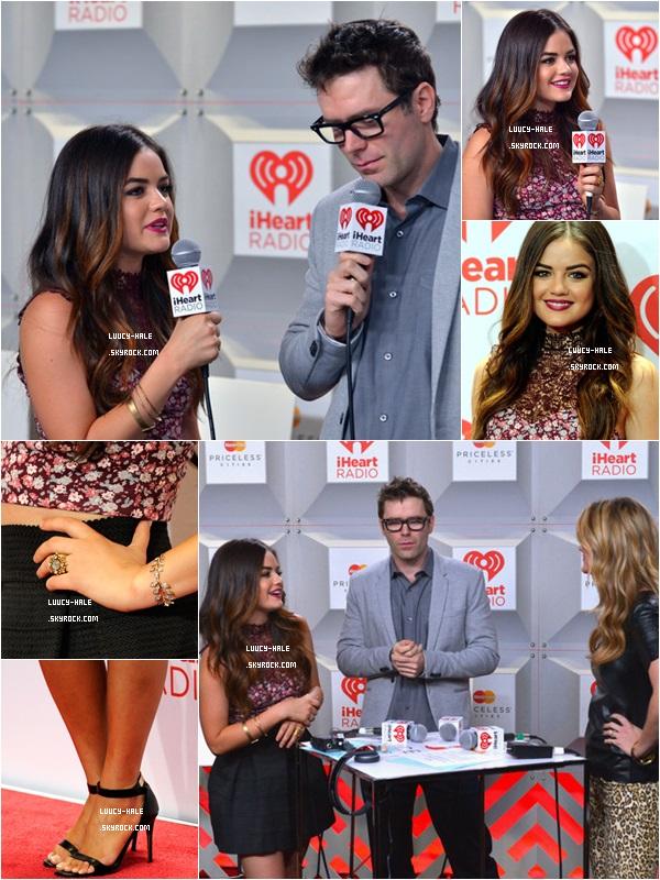 21/09/2013 : Notre superbe Lucy était présente au iHeartRadio Music Festival Village organisé à Las Vegas.Sa tenue. Elle lui va vraiment à ravir et lui correspond parfaitement. C'est la grande classe ! Je lui attribue un top.