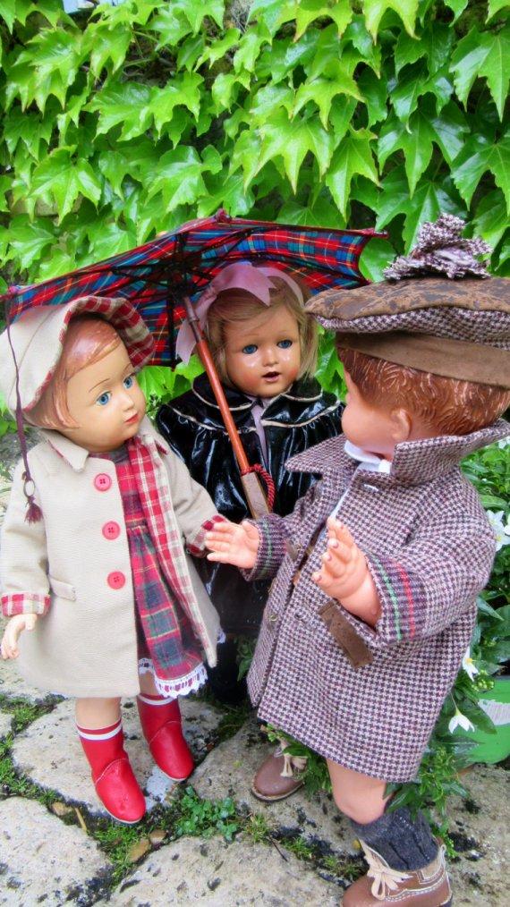 Un p´tit coin d'parapluie un p´tit brin de muguet .....