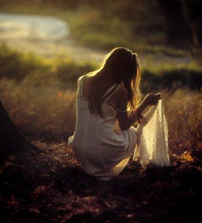 Le passé m'a fait pleurer et regretter. Le future me fais rêver et espérer !